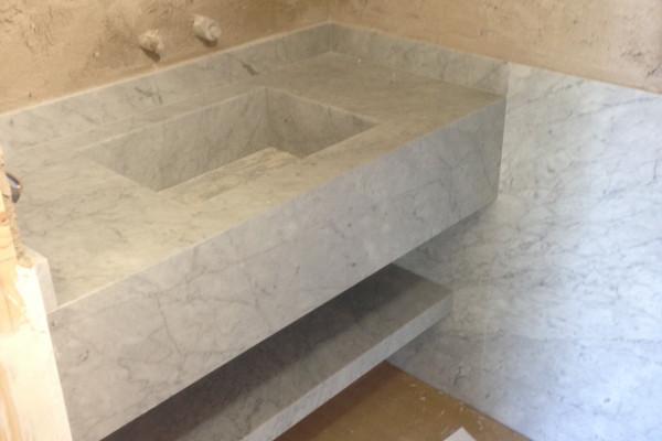 Un material fant stico jorge bibiloni studio for Marmol de carrara limpieza